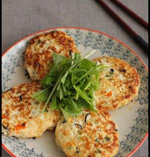 レンジで簡単4分!豆腐ハンバーグと常備菜たち