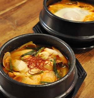 韓国おぼろ豆腐鍋 スンドゥブチゲ