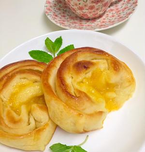 レモンカードの折り込みパン